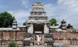 Berziarah ke Makam Raja Mataram di Kotagede