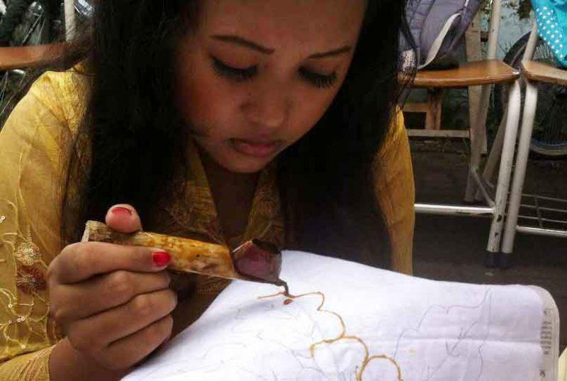 Rayakan Hari Kartini lewat Workshop Membatik