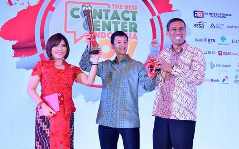 Halo Bca Sukses Raih Grand Champion The Best Contact Center Indonesia 2017