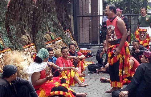 Senyum Surabaya Vaganza