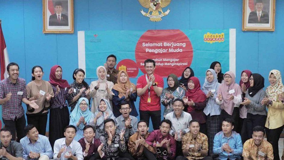 Indosat Bekali Pengajar Muda Literasi Digital di Ujung Negeri