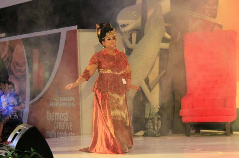 Miss Big Pukau Pengunjung Surabaya great Expo 2016
