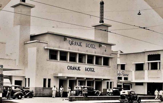 Dongeng Kecil dari Hotel Art Nouveau
