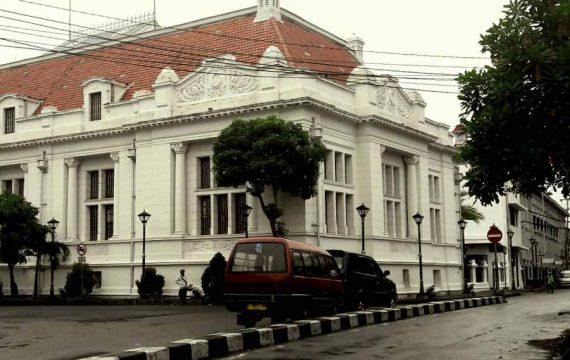 Cerita Uang Rakyat dari Gedung Kolonial