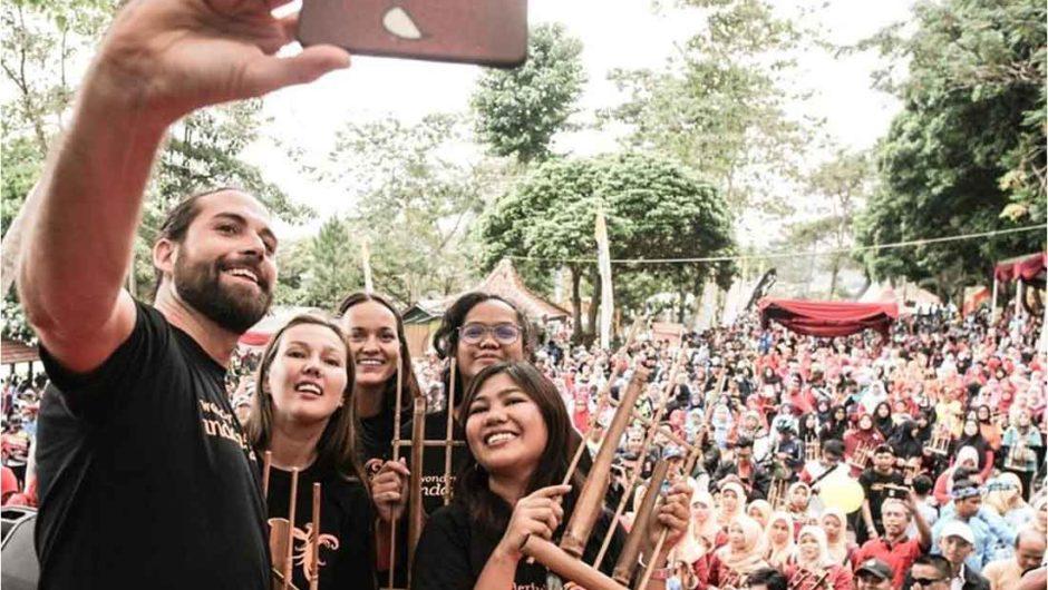 Gelaran Gowes Wisata dan Festival Angklung Perkuat Wisata Kuningan