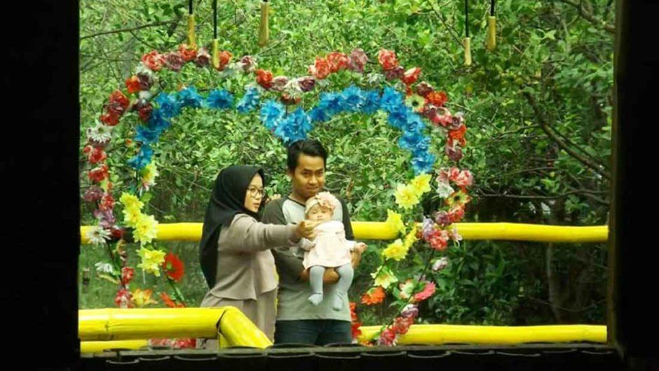 Cerita dari Pantai Timur Surabaya