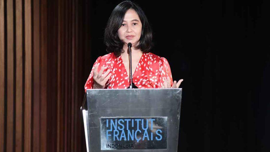Anggap Kerja sebagai Passion, Ina Silas terima Trofi Alumni Pemerintah Prancis