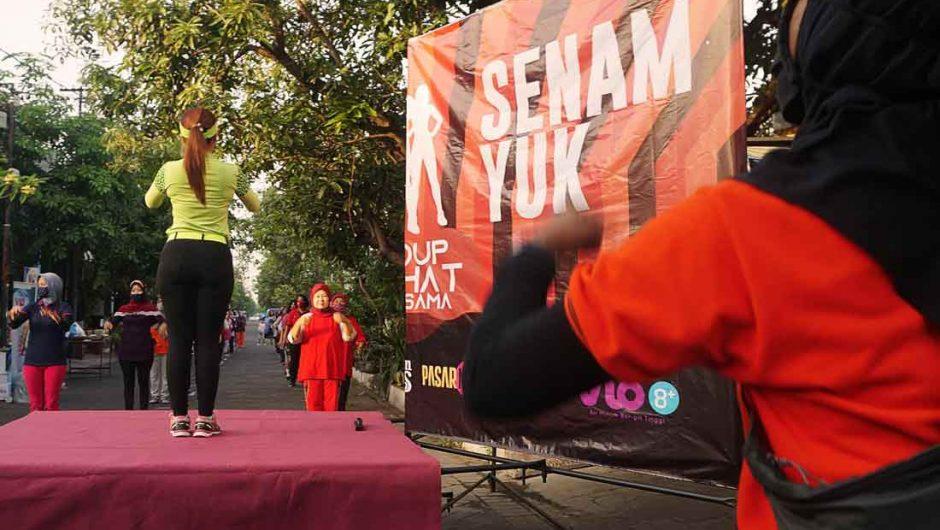 Asyiknya Gelaran Senam dengan Protokol Anti Covid-19 di Surabaya